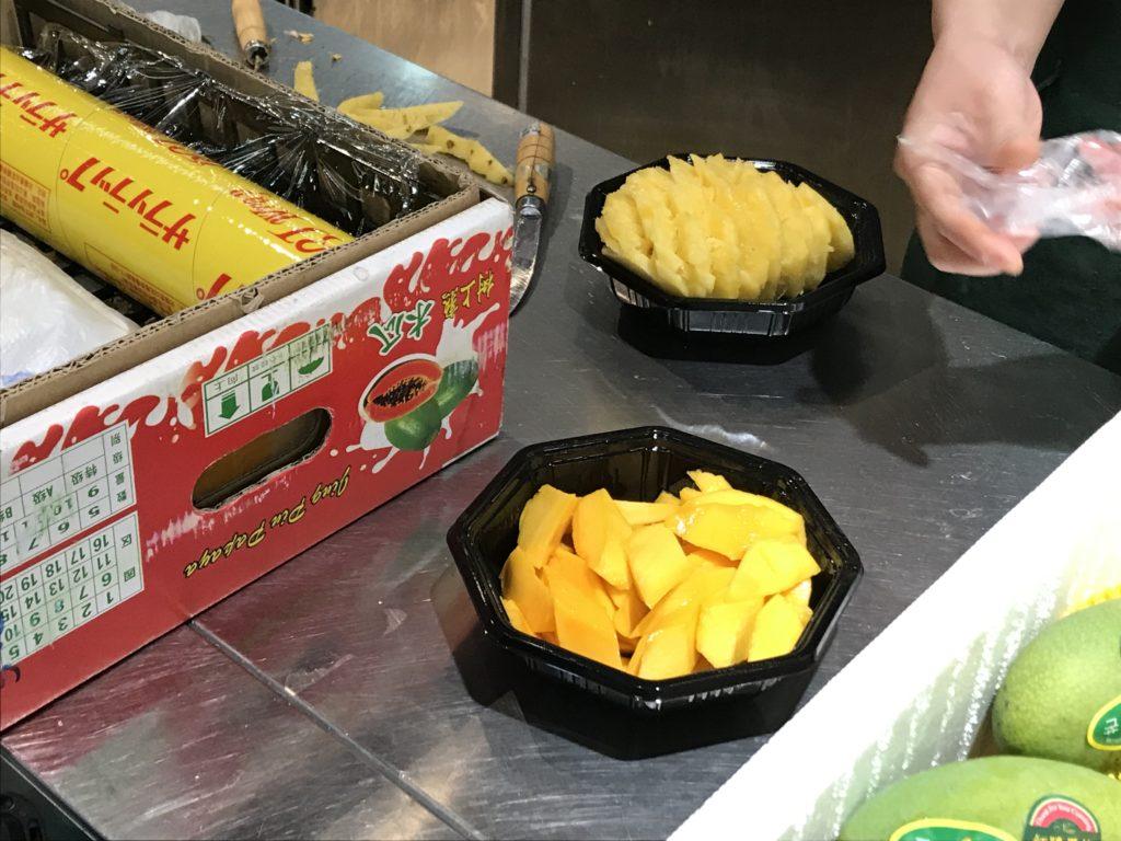 中国のパイナップルとマンゴー。安い|リモートガール