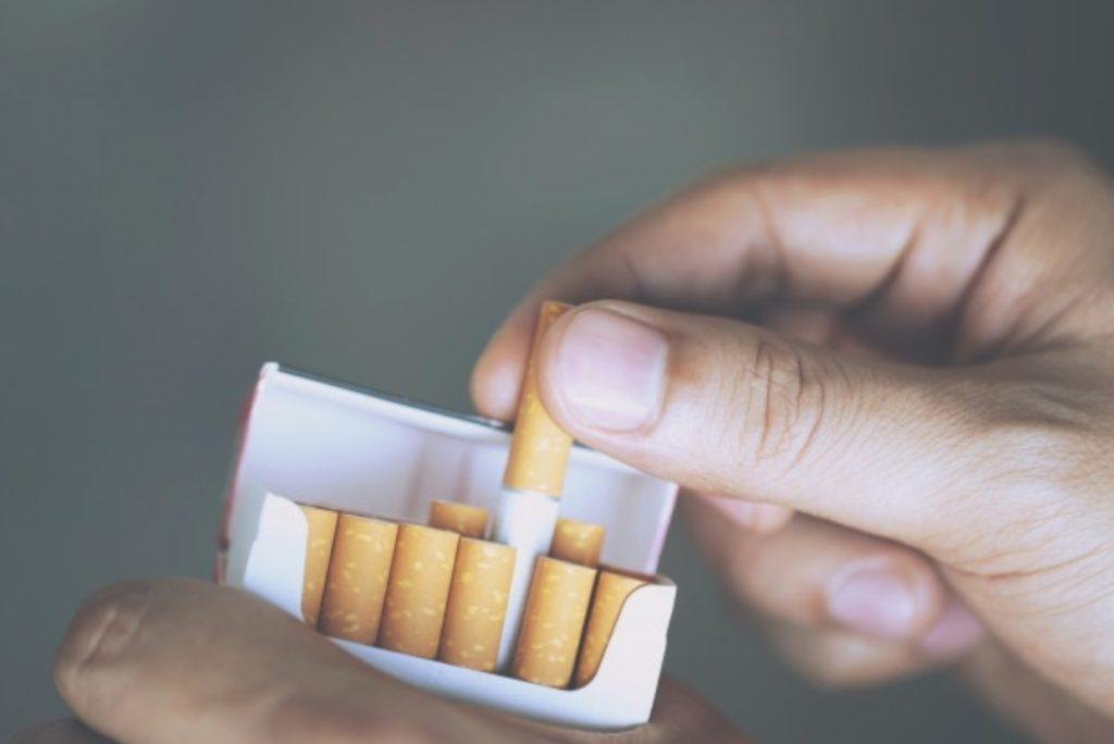 中国のビジネスでは敬煙文化が重要