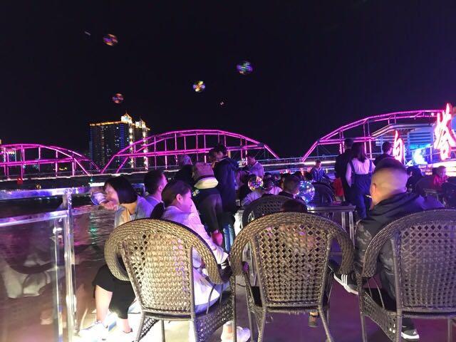 【蘭州観光】黄河の夜は遊覧船で夜景を楽しむ
