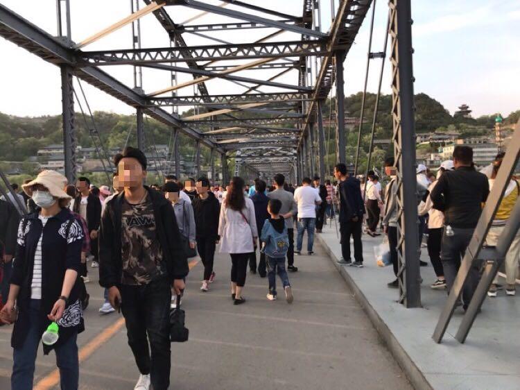 蘭州観光人気スポット:黄河にかかる鉄橋「中山橋」